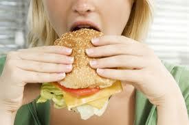cibo ipercalorico e depressione