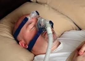 La cura della sindrome delle apnee notturne è utile contro la depressione