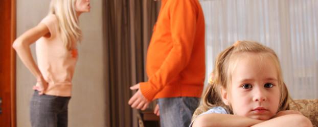La violenza domestica influisce sul comportamento di bambini e adolescenti